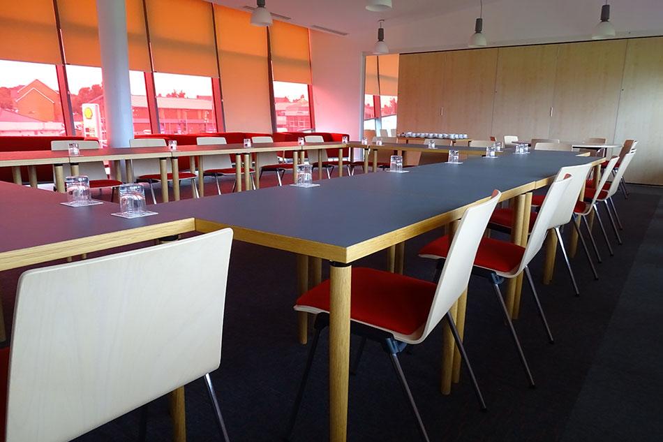 lounge-meeting1
